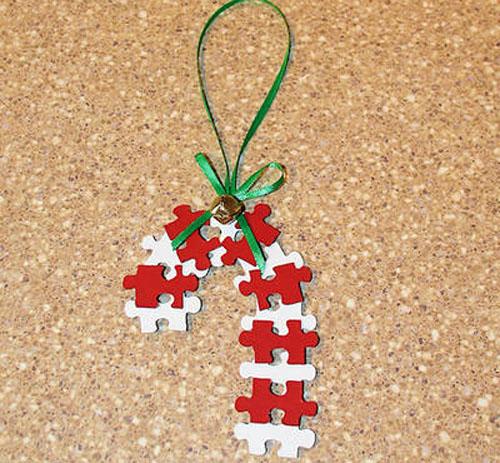 Baston de navidad con puzzles reciclados Manualidades faciles