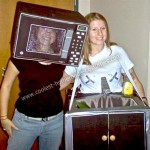 coolest-homemade-microwave-and-sink-kitchen-duo-costume-10-21313644[1]