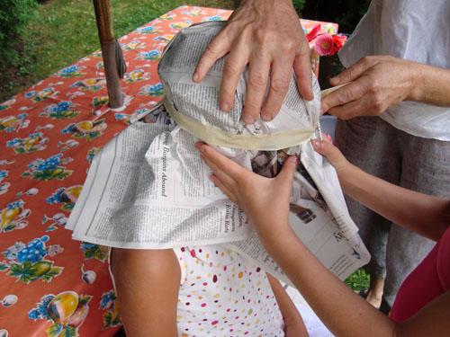 Sombreros de papel periodico manualidades faciles - Manualidades con periodicos para ninos ...