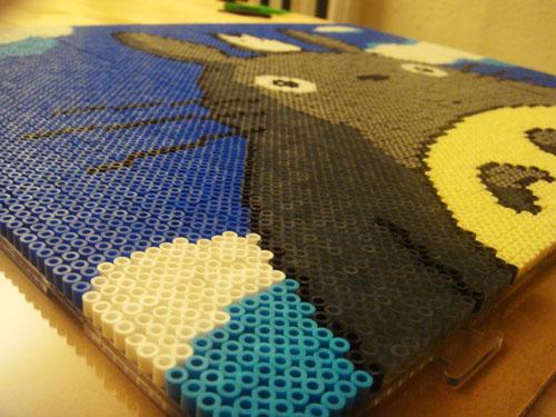 Cuadro de totoro hecho con hama beads manualidades faciles - Manualidades faciles cuadros ...