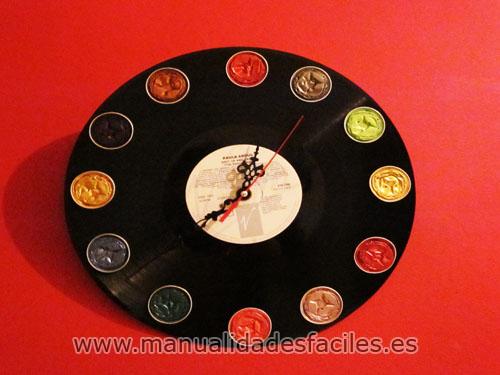 Reloj de vinilo y nespresso manualidades faciles - Manualidades con discos ...