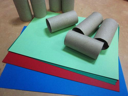Adornos de navidad con rollos de papel reciclados manualidades faciles - Adornos navidad reciclados para ninos ...